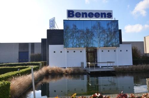Beneens_bedrijfsgebouw